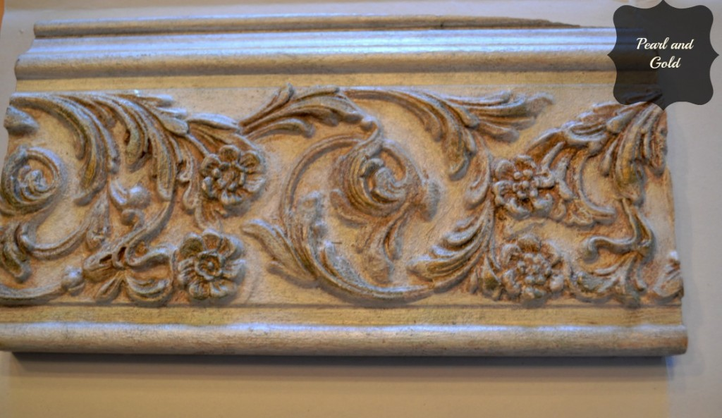 Decorative molding sample with pearl metallic and gold