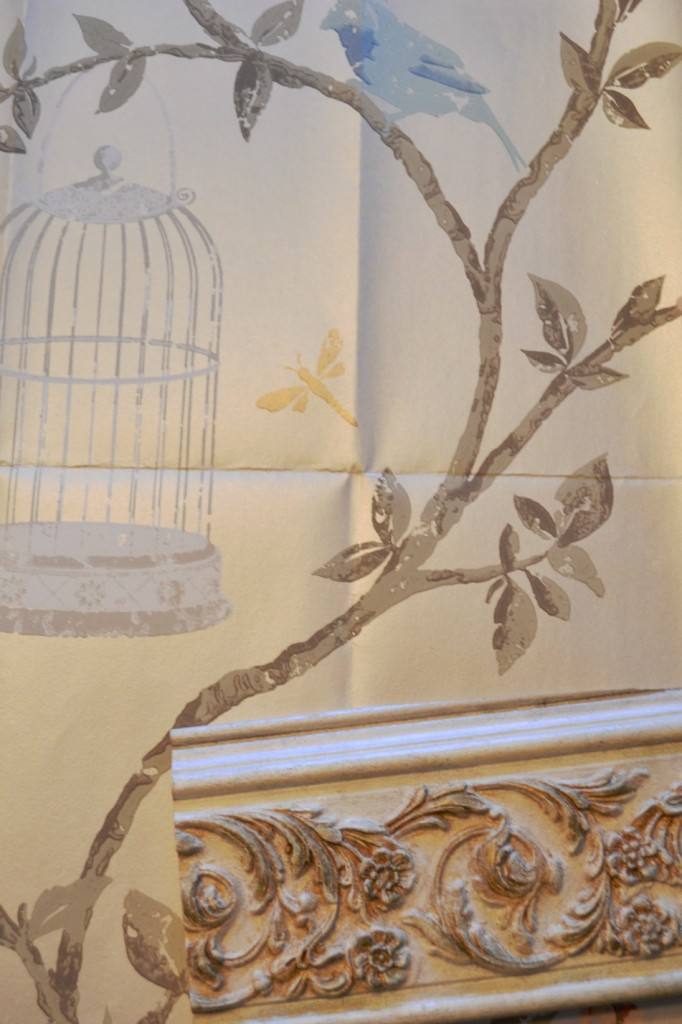 Nina Campbell wallpaper with pearl and gold molding