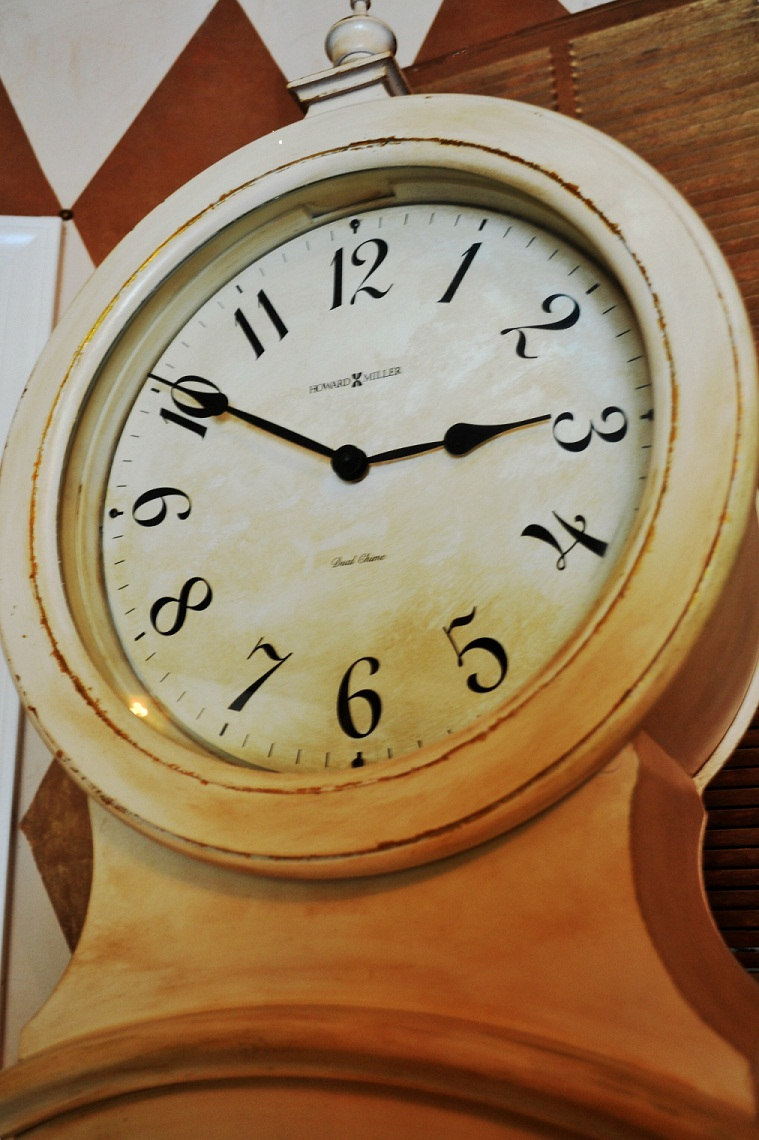"""Swedish clock"" ""Gustavian clock"" ""Antiquing"" ""DIY"""