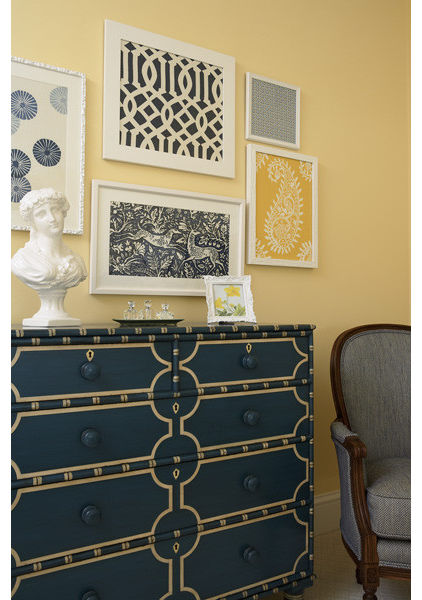 navy furniture is a beautiful way to use the color in your rooms