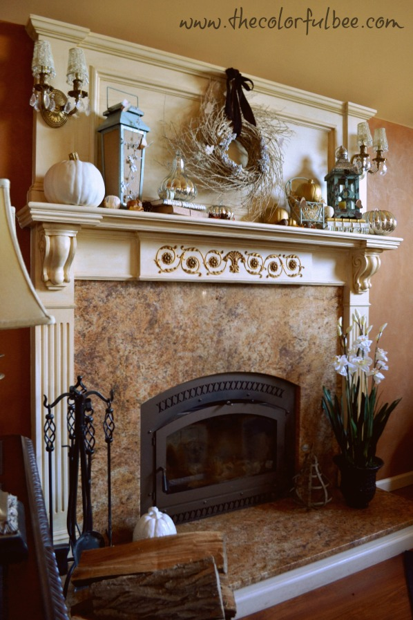 A decorated fall mantle