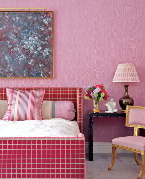 Jamie Drake closeup of his fuchsia walls at the Kips Bay Showhouse