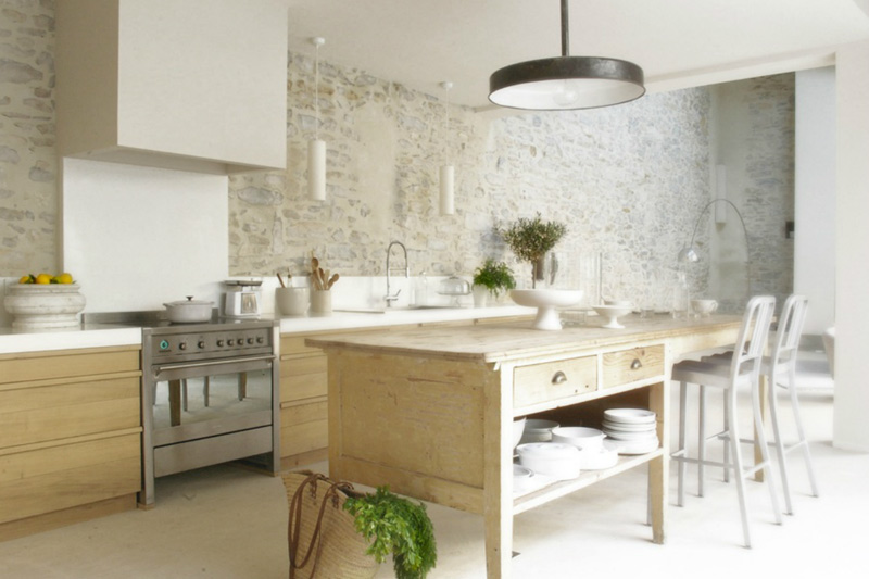 beautiful stonework in a modern kitchen