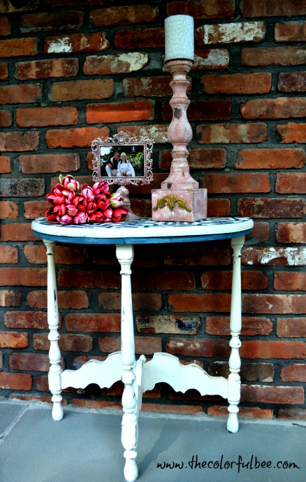 half moon shaped table painted with Annie Slaon Chalk Paint